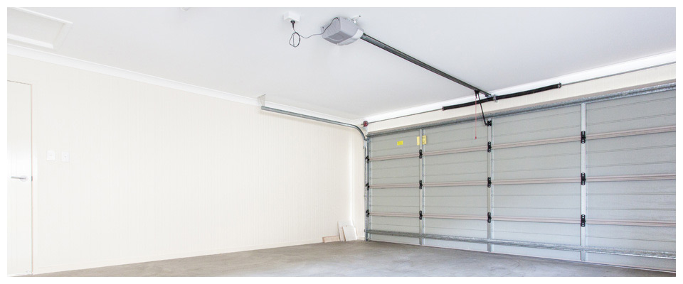 Eastern Overhead Doors (Oshawa) Ltd. garage interior